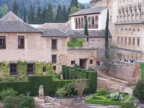 alhambra-interior-granada